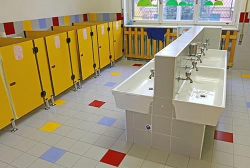vier farben system reinigung